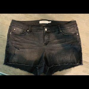 Torrid black fringed jean shorts size 18